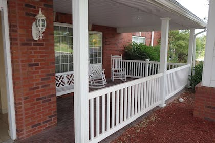 Porch | Country Inn & Suites by Radisson, Youngstown West, OH