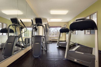 Fitness Room | Country Inn & Suites by Radisson, Norman, OK