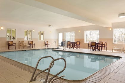 Pool | Country Inn & Suites by Radisson, Norman, OK
