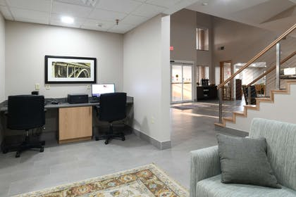 Business Center | Country Inn & Suites by Radisson, Oklahoma City Airport, OK