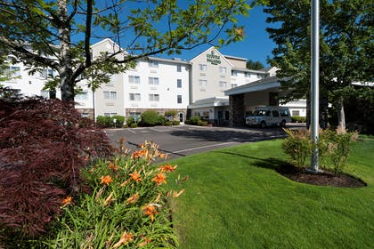 Hotel Exterior | Country Inn & Suites by Radisson, Portland International Airport, OR
