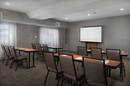 Meeting Room | Country Inn & Suites by Radisson, Portland International Airport, OR