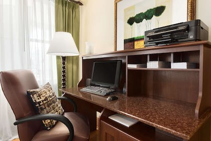 Business Center | Country Inn & Suites by Radisson, Carlisle, PA