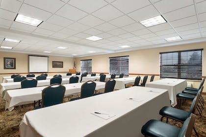 Meeting Room | Country Inn & Suites by Radisson, Gettysburg, PA