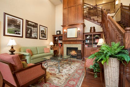Lobby | Country Inn & Suites by Radisson, State College (Penn State Area), PA