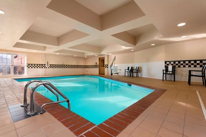 Pool | Country Inn & Suites by Radisson, Anderson, SC