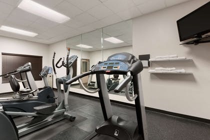 Fitness Center | Country Inn & Suites by Radisson, Summerville, SC