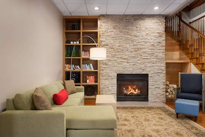 Lobby | Country Inn & Suites by Radisson, Summerville, SC