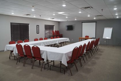 Meeting Room   Country Inn & Suites by Radisson, Watertown, SD