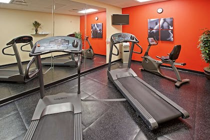 Fitness Room | Country Inn & Suites by Radisson, Knoxville West, TN