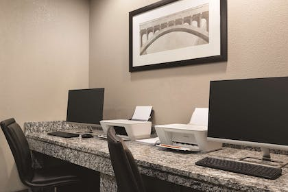 Business Center | Country Inn & Suites by Radisson, Nashville Airport East, TN