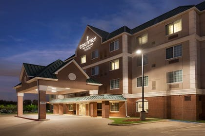 Hotel Exterior   Country Inn & Suites by Radisson, DFW Airport South, TX