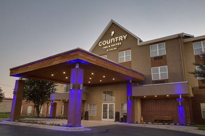 Hotel Exterior | Country Inn & Suites by Radisson, Harlingen, TX