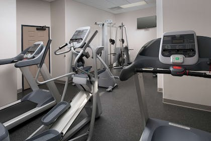 Fitness Room | Country Inn & Suites by Radisson, Houston Intercontinental Airport Eas