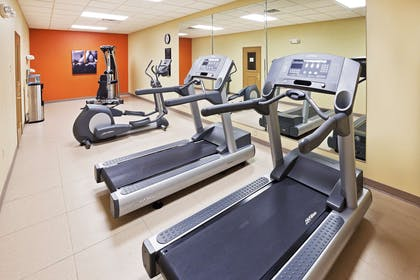 Fitness Center   Country Inn & Suites by Radisson, Midland, TX