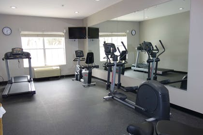 Fitness Center   Country Inn & Suites by Radisson, Round Rock, TX