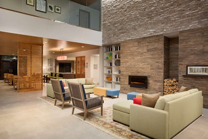 Lobby | Country Inn & Suites by Radisson, Asheville Westgate, NC