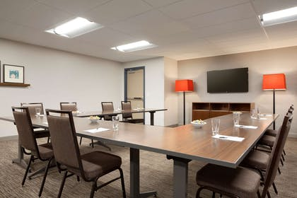 Meeting Room | Country Inn & Suites by Radisson, Asheville Westgate, NC