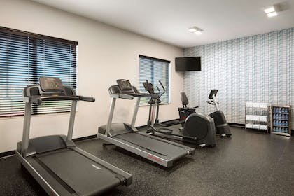 Fitness Center | Country Inn & Suites by Radisson, New Braunfels, TX