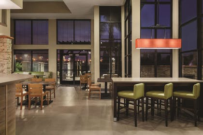 Restaurant | Country Inn & Suites by Radisson, Bakersfield, CA