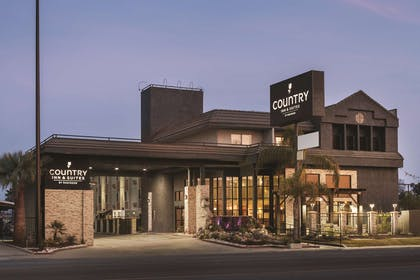 Hotel Exterior | Country Inn & Suites by Radisson, Bakersfield, CA