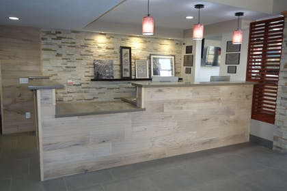 Lobby | Country Inn & Suites by Radisson, Bakersfield, CA