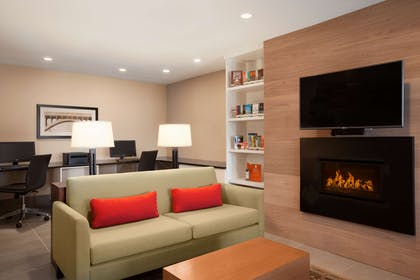 Den | Country Inn & Suites by Radisson, Bozeman, MT