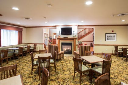 Breakfast Seating | Country Inn & Suites by Radisson, Buffalo South I-90, NY