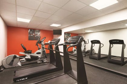 Fitness Center | Country Inn & Suites by Radisson, Washington, D.C. East - Capitol Heig