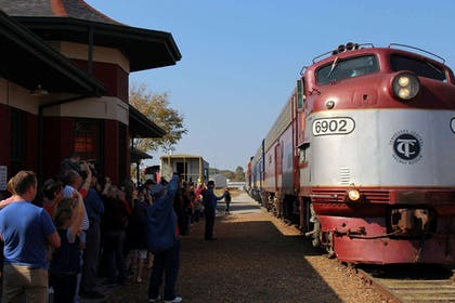 Cookeville Depot Train Fall Excursion   Country Inn & Suites by Radisson, Cookeville, TN