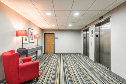 Elevators   Country Inn & Suites by Radisson, Cookeville, TN