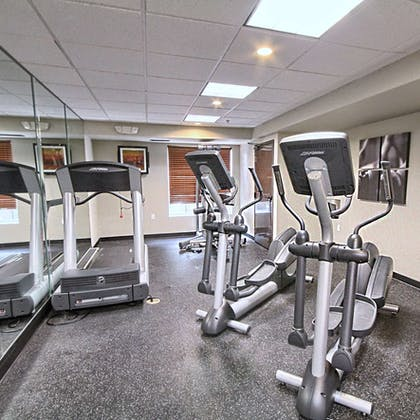 Fitness Room   Country Inn & Suites by Radisson, Dearborn, MI