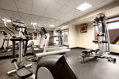 Fitness Center   Country Inn & Suites by Radisson, Dearborn, MI