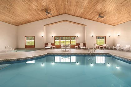 Indoor Pool   Country Inn & Suites by Radisson, Detroit Lakes, MN