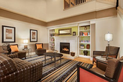 Lobby | Country Inn & Suites by Radisson, Evansville, IN