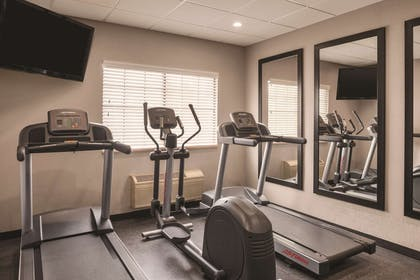 Fitness Center   Country Inn & Suites by Radisson, Hoffman Estates, IL