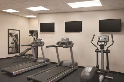 Fitness center | Country Inn & Suites by Radisson Indianapolis East