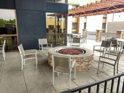 Patio with Fireplace | Country Inn & Suites by Radisson Indianapolis East