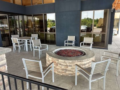 Exterior | Country Inn & Suites by Radisson Indianapolis East