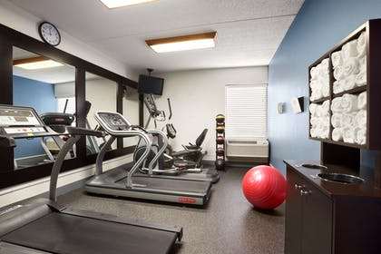 Fitness Room   Country Inn & Suites by Radisson, Jacksonville I-95 South, FL