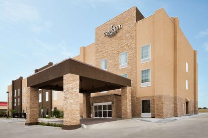 Hotel Exterior | Country Inn & Suites by Radisson, Katy (Houston West), TX