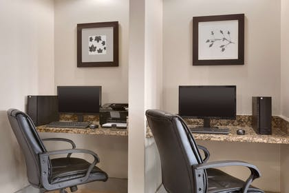Business Center | Country Inn & Suites by Radisson, Mishawaka, IN