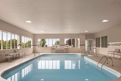 Pool | Country Inn & Suites by Radisson, Port Clinton, OH