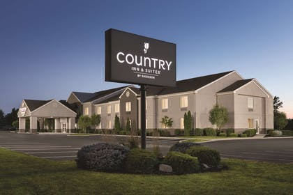 Hotel Exterior | Country Inn & Suites by Radisson, Port Clinton, OH