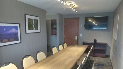 Mount Hood Boardroom   Country Inn & Suites by Radisson, Portland Delta Park, OR