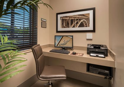 Business Center | Country Inn & Suites by Radisson, Rochester-Pittsford/Brighton, NY