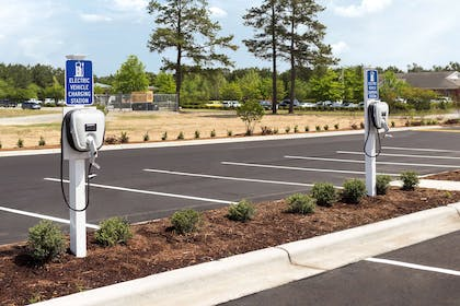 Charging Station | Country Inn & Suites by Radisson, Smithfield-Selma, NC