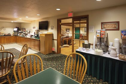 Breakfast Room | Country Inn & Suites by Radisson, West Valley City, UT