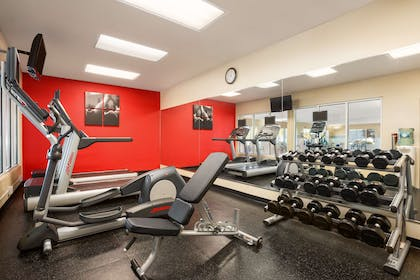 Fitness Center | Country Inn & Suites by Radisson, Bountiful, UT