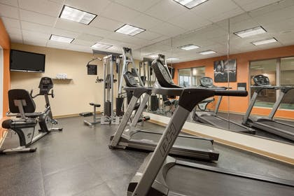 Fitness Center | Country Inn & Suites by Radisson, Doswell (Kings Dominion), VA